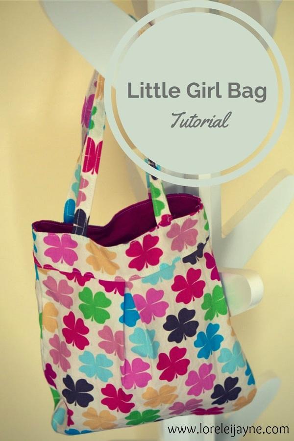 Free pattern: Little girls pleated purse