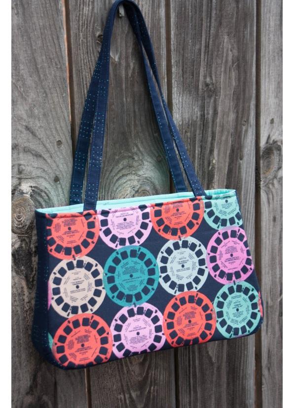 Free pattern: Baker Street Bag