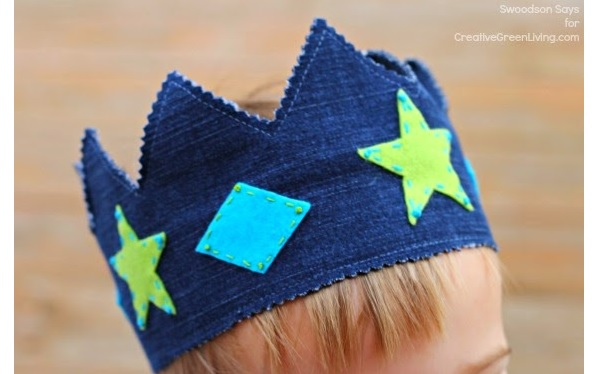 Free pattern: Child's upcycled denim play crown
