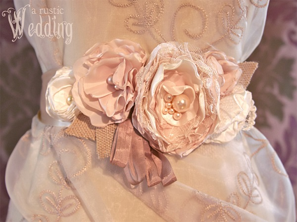 Tutorial: Fancy fabric flower sash