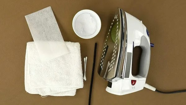 Video tutorial: Simple ways to clean an iron