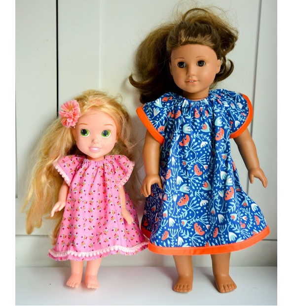 Free pattern: Angel Sleeve Dress for dolls