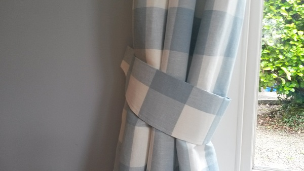 Tutorial: Curtain tie backs