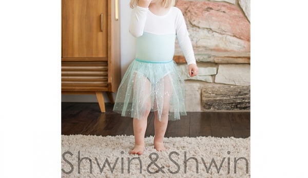 Free pattern: Elsa-inspired dance outfit for little girls