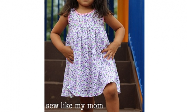 Tutorial: Perfect knit play dress for little girls