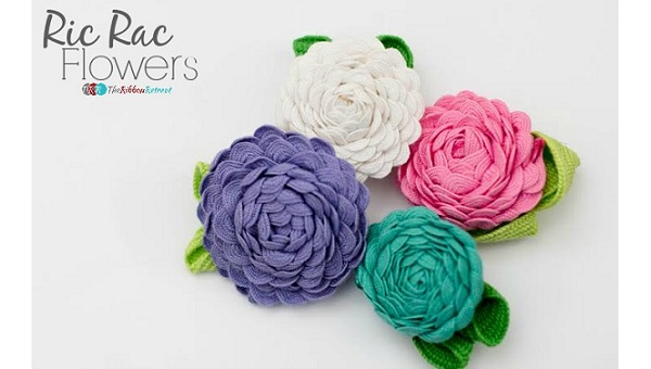 Tutorial: How to make ric rac flowers