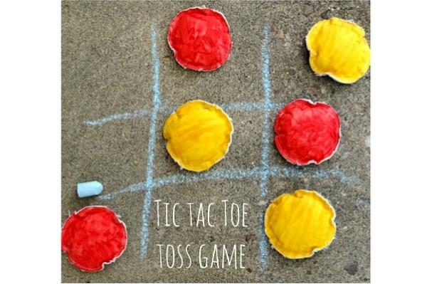 Tutorial: Sidewalk tic tac toe toss game