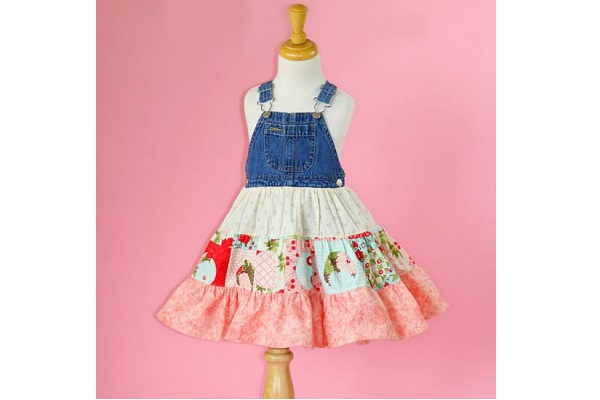 Tutorial: Little girl's twirly jumper dress with an overalls bib