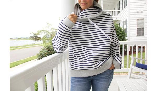 Free pattern: Women's cowl neck hoodie