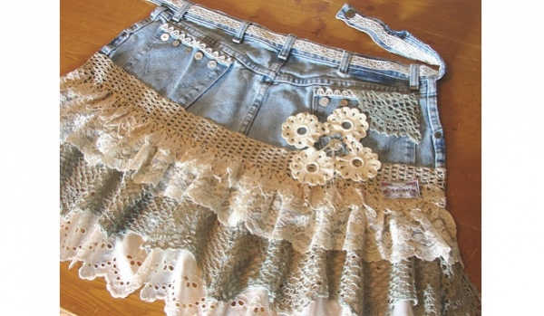 Tutorial: Lace and denim shabby chic apron