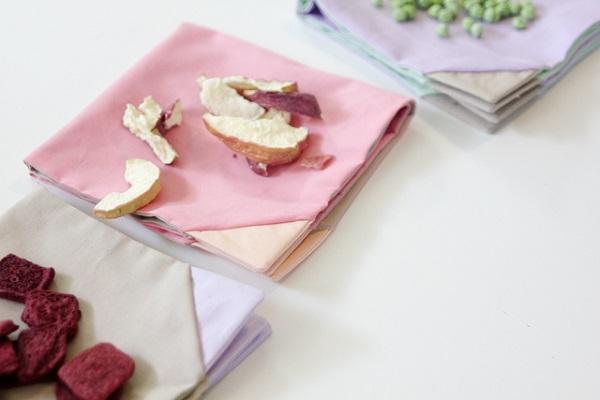 Tutorial: Colored corner fabric napkins