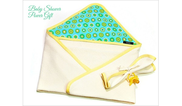 Tutorial: Hooded baby bath towel and washcloth gift set