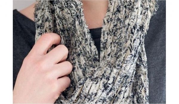Tutorial: Chenille scarf