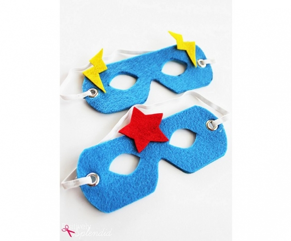 Free pattern: Easy no-sew felt superhero mask