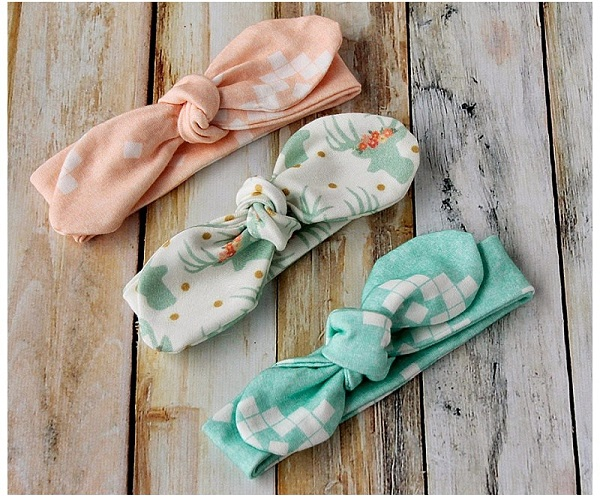 Tutorial: Easy knot bow headbands for baby and toddler
