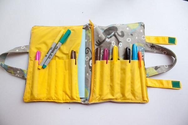 Free pattern: School supplies organizer tote