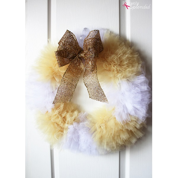 Tutorial: No-sew fluffy tulle wreath