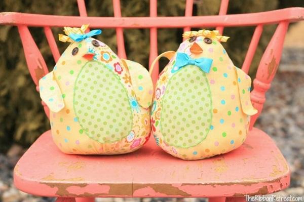 Free pattern: Spring Chick softie