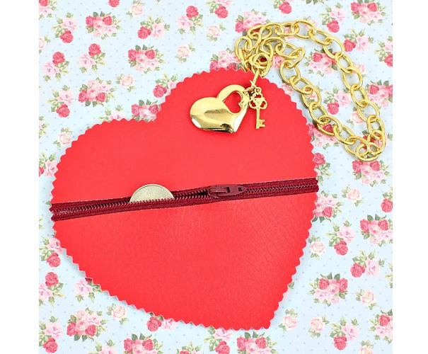 Tutorial: No-sew zipper heart coin pouch