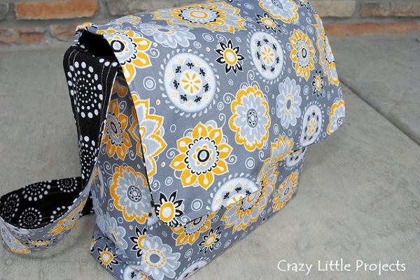 Tutorial: Sew a messenger bag