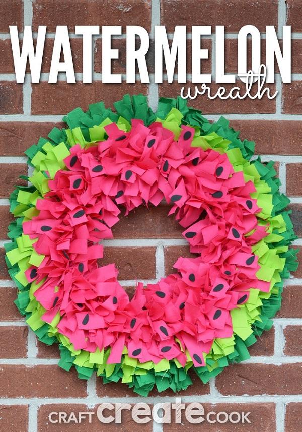 Tutorial: No-sew watermelon wreath