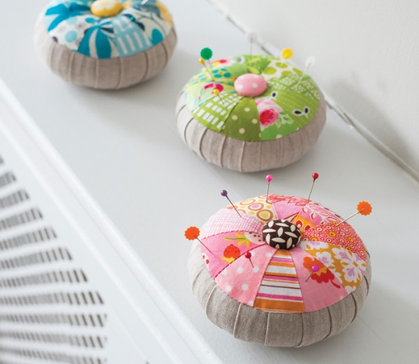 Tutorial: Pretty scrappy pincushion