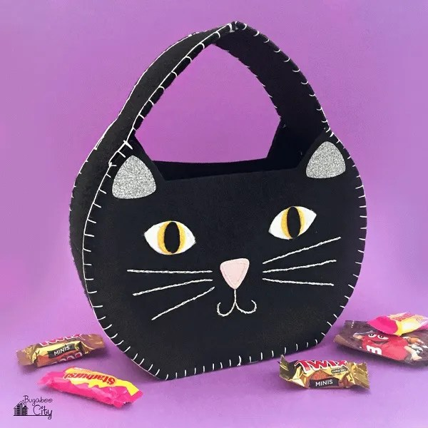 Free pattern: Black cat trick or treat bag