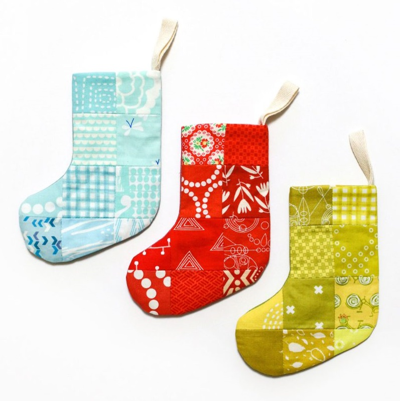 Tutorial: Mini patchwork Christmas stockings