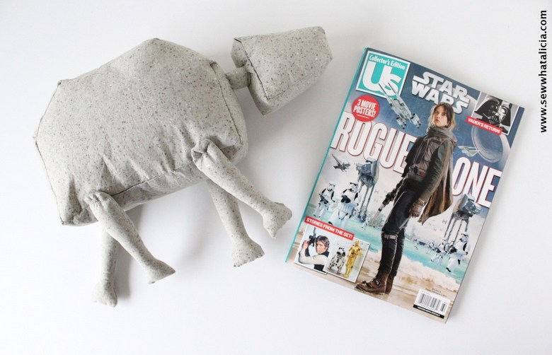 Free pattern: Star Wars AT-AT softie toy