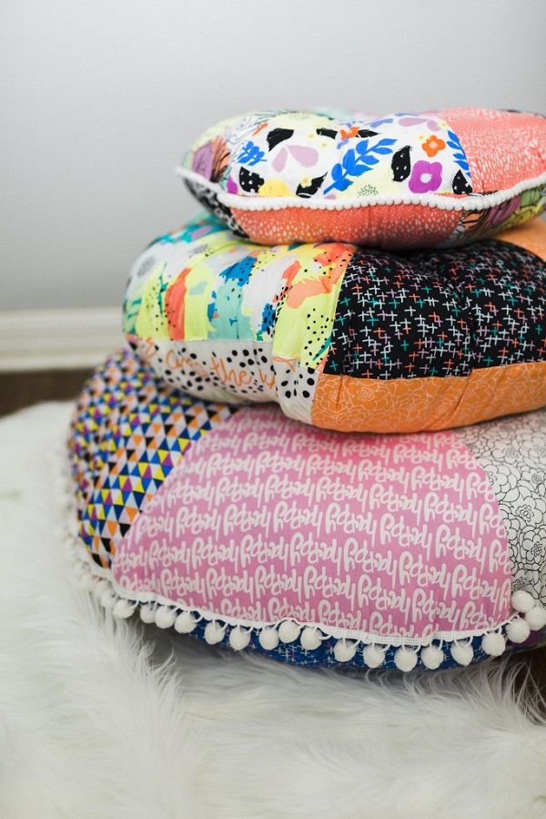 Free pattern: Round patchwork floor cushions