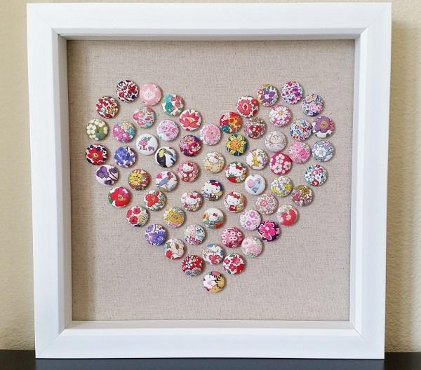 Tutorial: Fabric button heart art