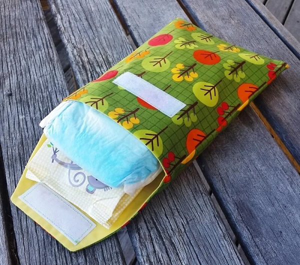 Tutorial Baby Diaper And Wipes Travel Pouch Sewing