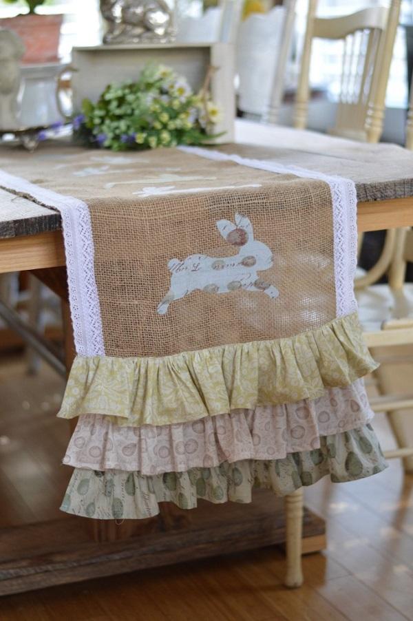 Tutorial Ruffled Burlap Bunny Table Runner Sewing