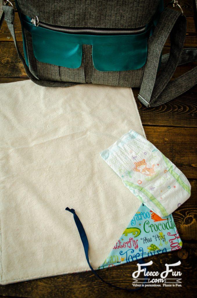 Tutorial: Waterproof baby diaper changing mat