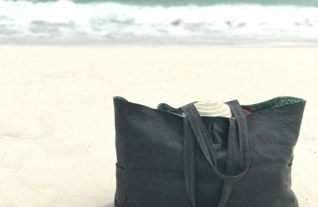 Tutorial: Sew a beach or pool tote