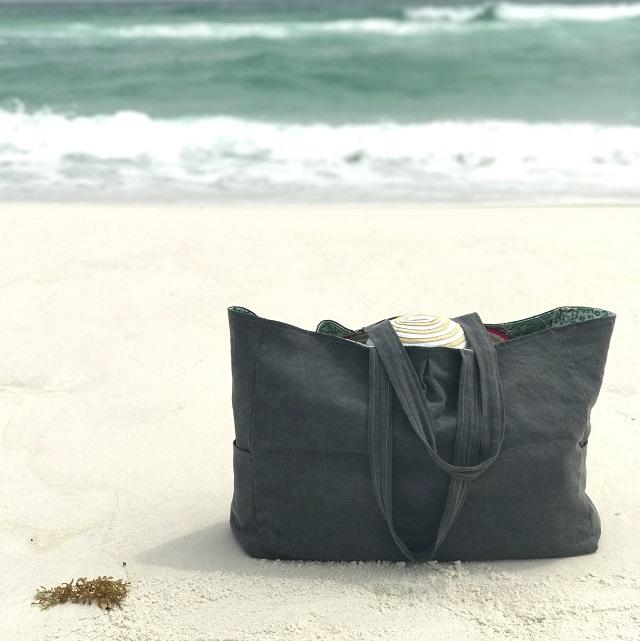 Tutorial: Sew a beach or pool tote