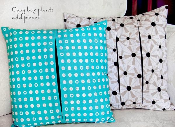 Tutorial: Box pleat throw pillows