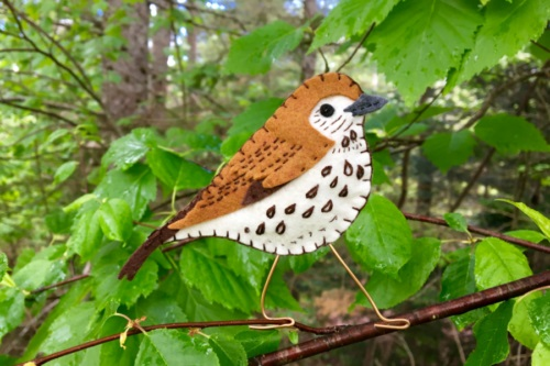 Tutorial and pattern Wood thrush felt bird ornament