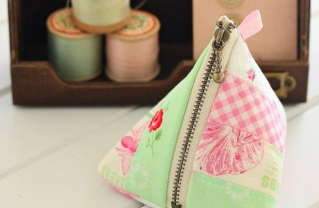 Tutorial: Patchwork pyramid zip pouch