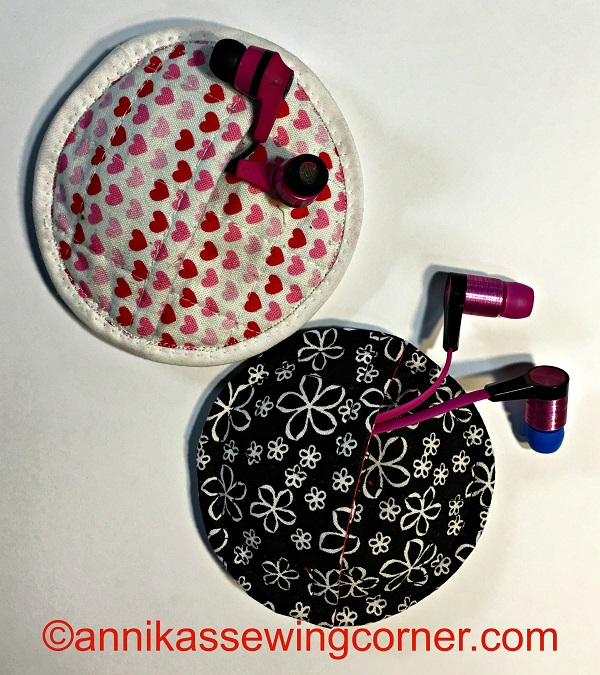 Tutorial Quilted earbud pouch