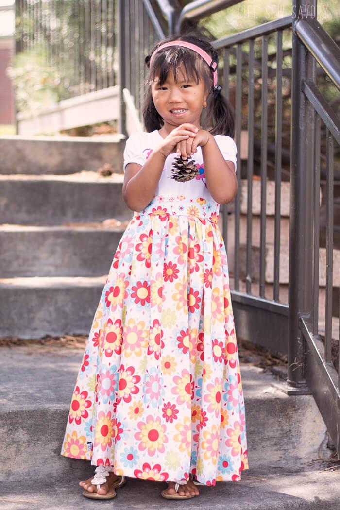 b727eef6cd64 Tutorial: Little girl's t-shirt maxi dress – Sewing