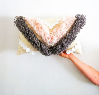 Tutorial: Chevron fringe throw pillow