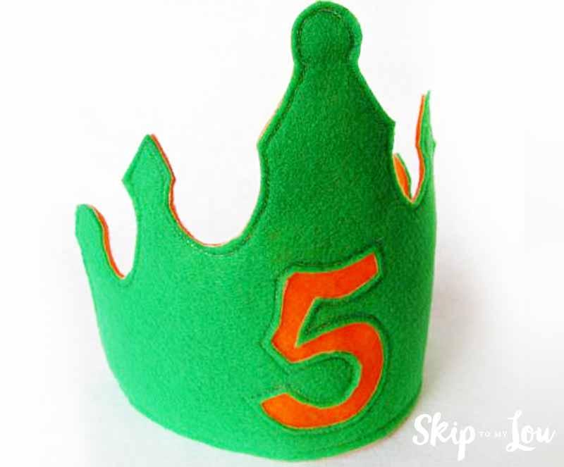 Tutorial and pattern: Felt birthday crown