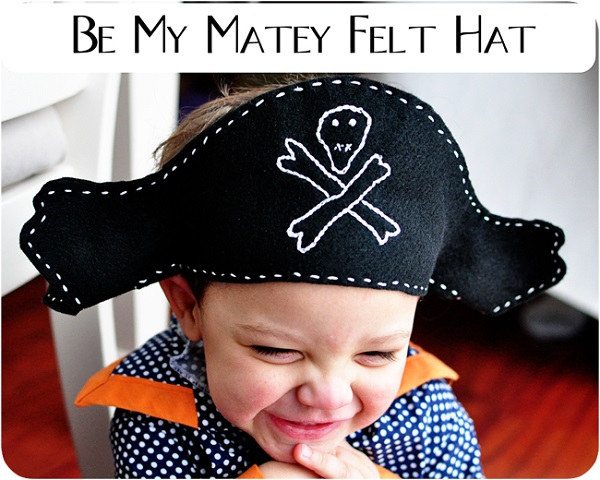 Tutorial and pattern: Easy one piece felt pirate hat