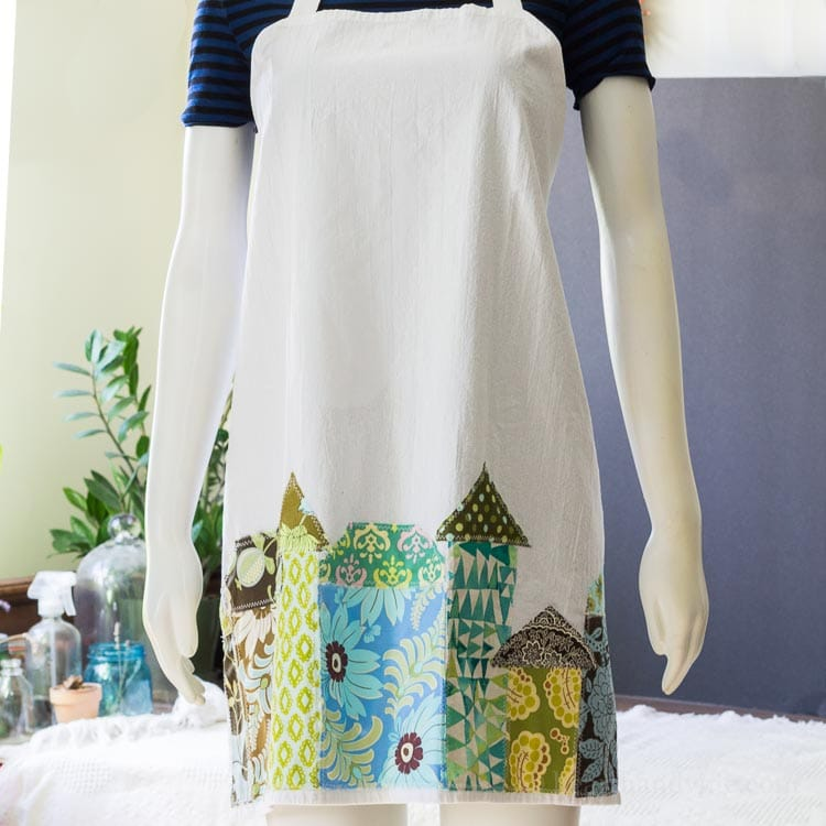 Tutorial: Super easy applique tea towel apron