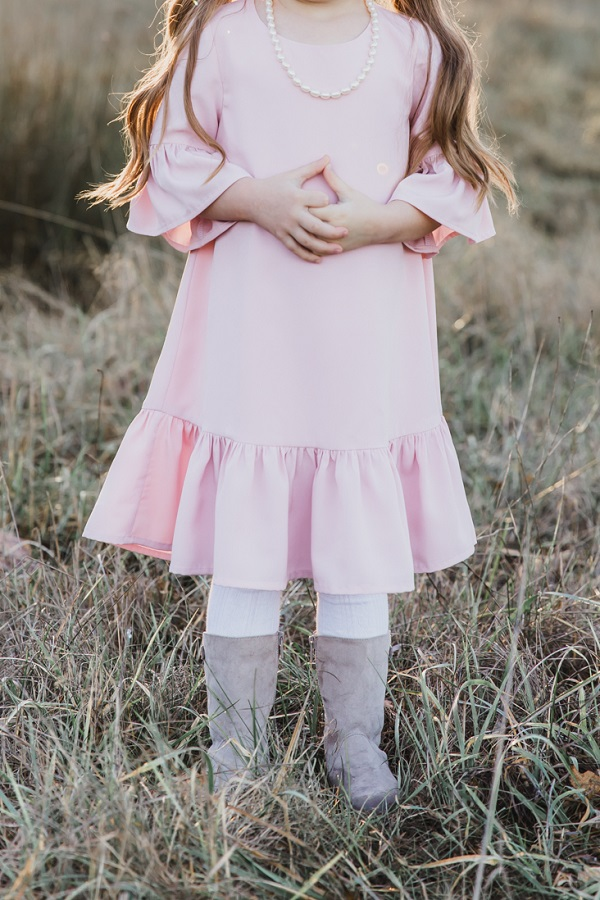 Tutorial and pattern: Little girl's ruffle dress