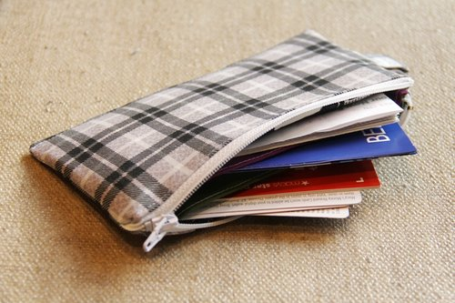 Tutorial: Loyalty card zip pouch with dividers