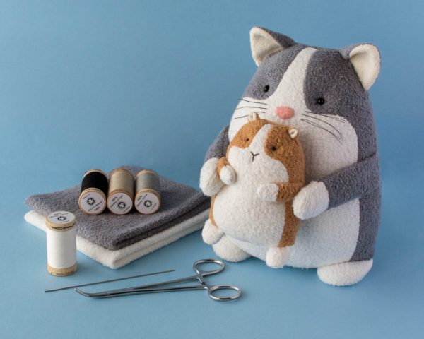 Tutorial and pattern: Plush cat and guinea pig softies