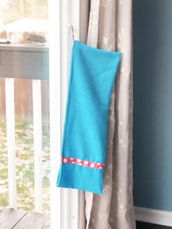 Tutorial: Dog paw towel to hang by your door