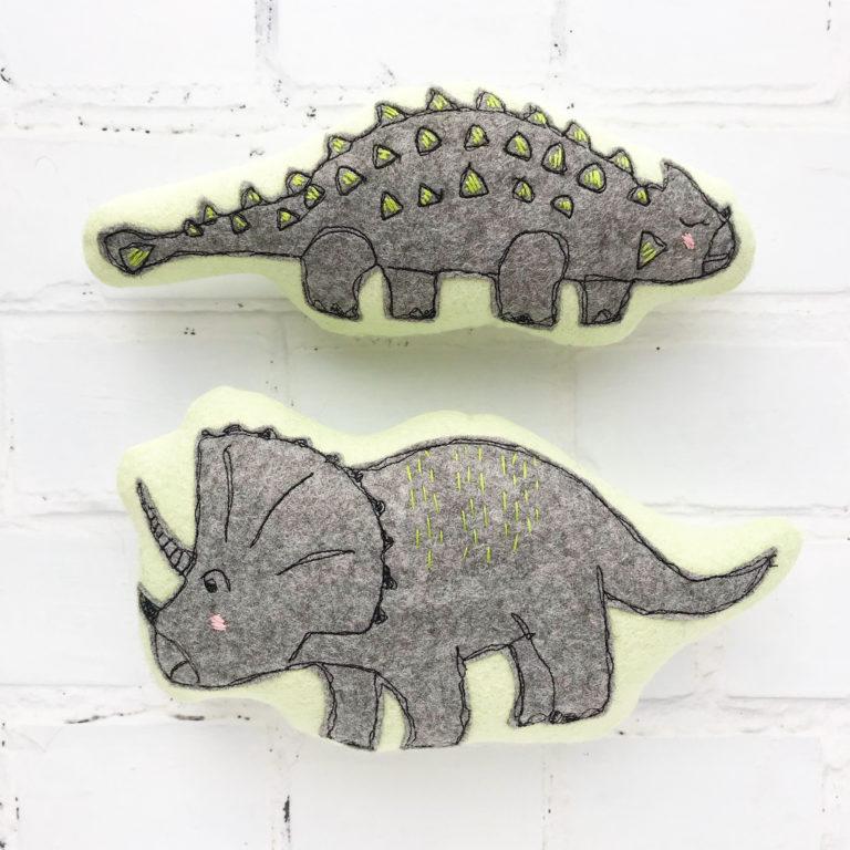 Tutorial and pattern: Simple felt dinosaur softies